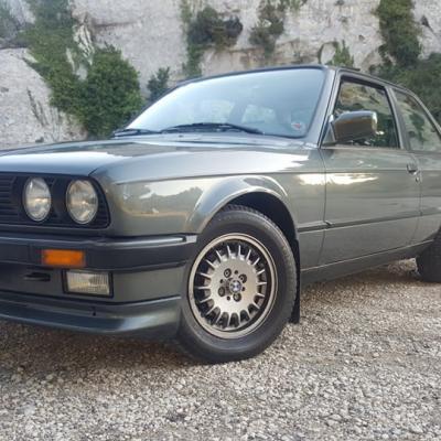 BMW E 30 320 I 1987 Arnaud M