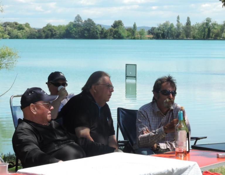 Lubéron: table présidentielle