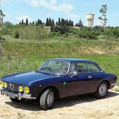 Alfa Romeo coupe Bertone 2000 (GUY P)