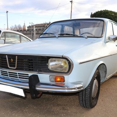 Renault R12